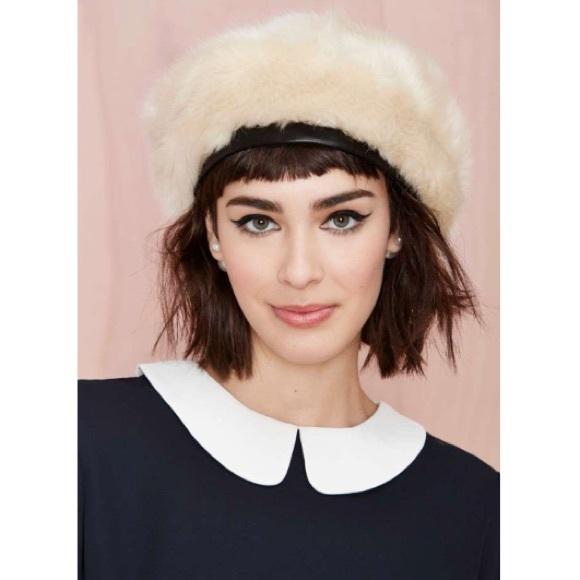 Nasty gal Eugenia Kim Marion ivory fur beret NWT 6607af28ecc